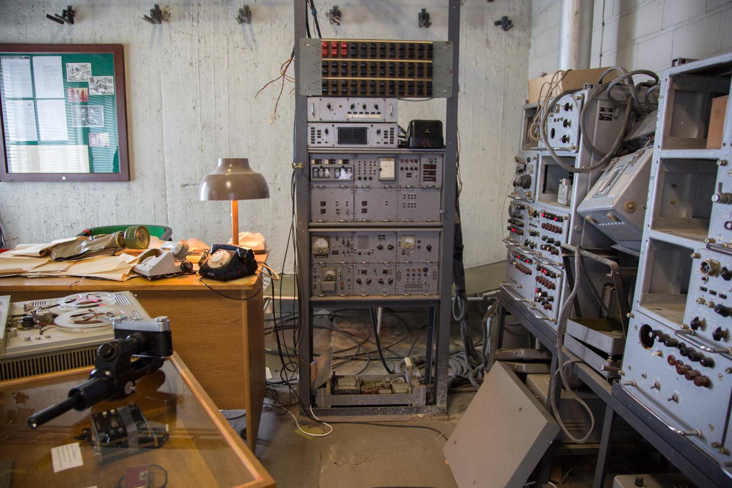 Apparatuur in het KGB Museum